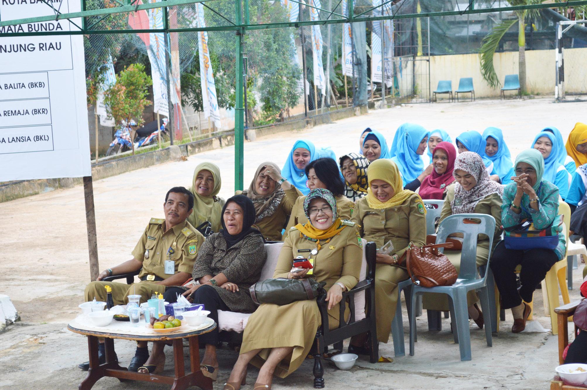 Sixth image of Kegiatan Pkk Peduli Sasar 11 Kecamatan Di Kepulauan with 14 « November « 2014 « WEBSITES KECAMATAN SEKUPANG